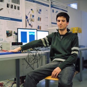 Maxi en el laburatorio de KIT, Karlsruhe. Febrero de 2013.